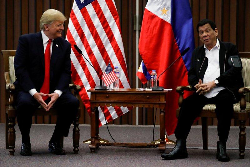 https: img-k.okeinfo.net content 2017 11 14 18 1813562 diprediksi-tegang-suasana-pertemuan-trump-dengan-presiden-filipina-justru-mencair-X9LnpSaazN.JPG