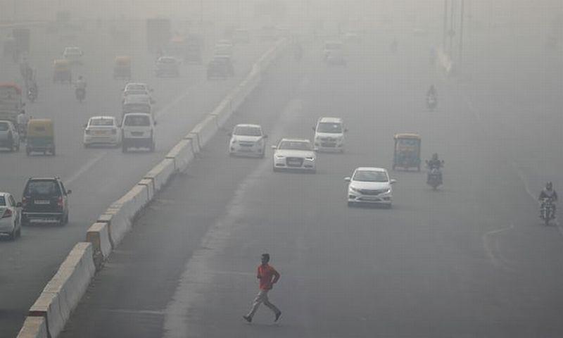 https: img-k.okeinfo.net content 2017 11 14 18 1813783 kabut-terlampau-tebal-helikopter-tak-bisa-usir-polusi-udara-di-india-qyzALXUztK.jpg
