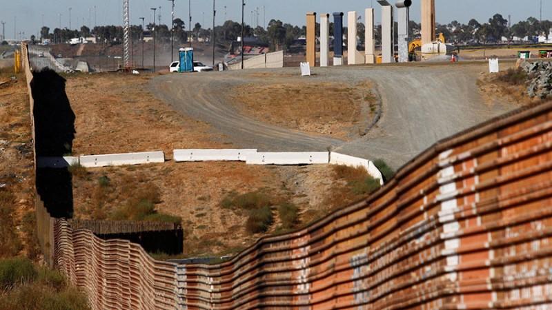 https: img-k.okeinfo.net content 2017 11 14 18 1813911 dokumen-rencana-proyek-tembok-perbatasan-as-meksiko-bocor-ini-isinya-dFw5qFsGiP.jpg