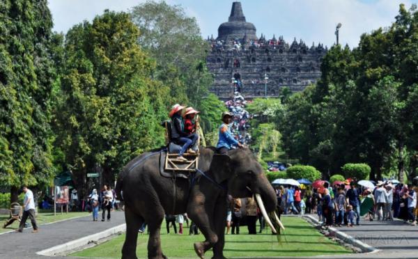 https: img-k.okeinfo.net content 2017 11 14 406 1814049 keren-indonesia-rangking-tiga-besar-wisatawan-digital-dunia-laDInOBJsM.jpg
