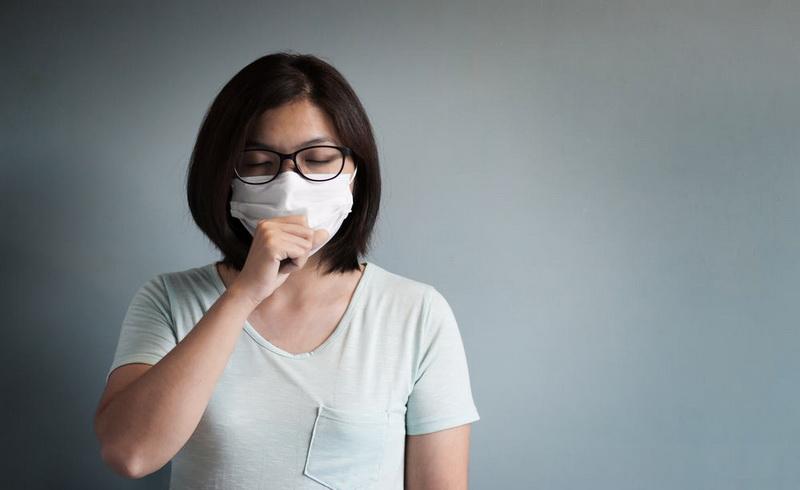 https: img-k.okeinfo.net content 2017 11 14 481 1814059 terserang-flu-dan-batuk-jangan-latah-konsumsi-antibiotik-1udyh8XfO7.jpg