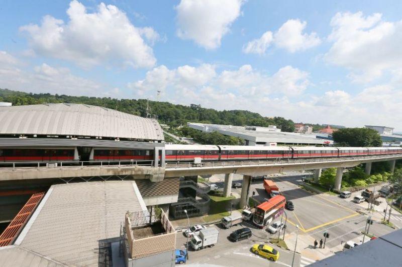 https: img-k.okeinfo.net content 2017 11 15 18 1814342 dua-kereta-monorail-bertabrakan-di-singapura-puluhan-penumpang-luka-luka-AUHW9TXqa5.jpg