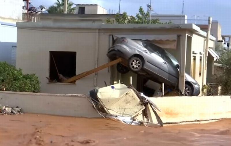 https: img-k.okeinfo.net content 2017 11 16 18 1814852 yunani-dihantam-banjir-bandang-15-orang-tewas-LfgF1Z2q9o.jpg