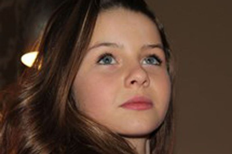 https: img-k.okeinfo.net content 2017 12 01 18 1823736 kisah-tragis-milly-tuomey-gadis-11-tahun-yang-bunuh-diri-karena-penampilannya-x8SCcz0VOJ.jpg