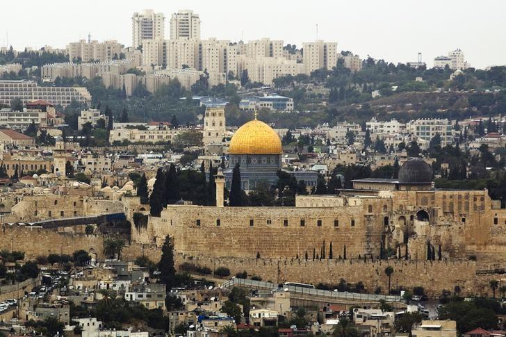 https: img-k.okeinfo.net content 2017 12 07 18 1826741 qatar-tindakan-as-soal-yerusalem-bertentangan-dengan-keabsahan-hukum-internasional-XtokwsTuLI.jpg