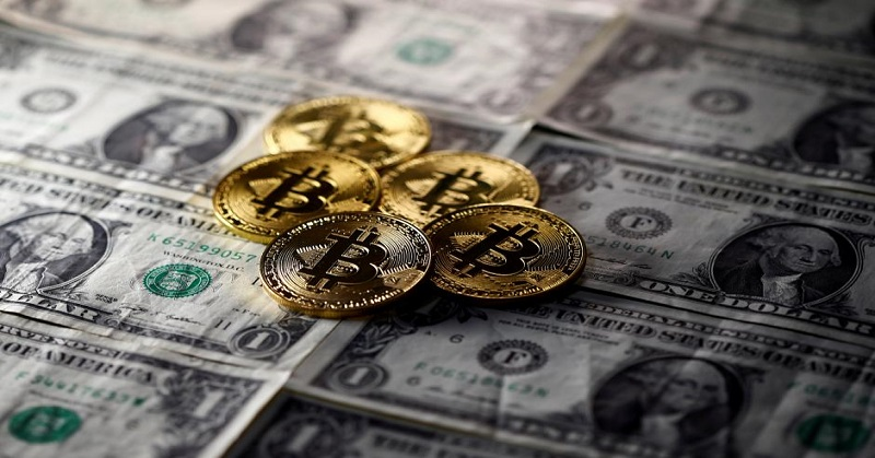https: img-k.okeinfo.net content 2017 12 07 207 1827016 harga-bitcoin-tembus-rp195-juta-per-koin-8i7IcmkTrg.jpg