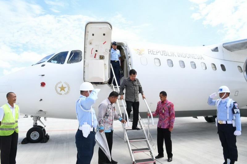 https: img-k.okeinfo.net content 2017 12 07 43 1826861 kunjungi-palembang-wapres-jusuf-kalla-tinjau-venue-asian-games-2018-CZcrDOy0uv.jpg