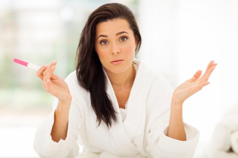 https: img-k.okeinfo.net content 2017 12 07 481 1826572 6-perbedaan-tanda-tanda-menstruasi-dengan-hamil-muda-13WVKQIlDw.jpg