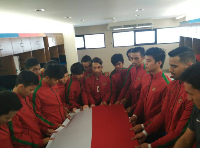 https: img-k.okeinfo.net content 2017 12 07 51 1826829 indonesia-resmi-jadi-tuan-rumah-2-turnamen-futsal-berlevel-internasional-xJNW7rhcYH.jpg