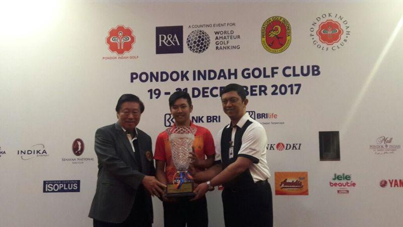 https: img-k.okeinfo.net content 2017 12 21 43 1834230 jonathan-wijono-sabet-penghargaan-di-international-junior-golf-championship-UplQ8fIx6V.jpeg