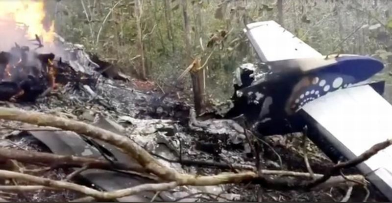 https: img-k.okeinfo.net content 2018 01 01 18 1838448 kecelakaan-pesawat-di-kosta-riska-12-orang-tewas-n9AkZC9Irx.jpg