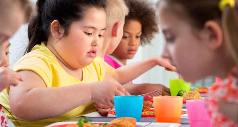 https: img-k.okeinfo.net content 2018 01 08 481 1841624 anak-obesitas-ini-3-hal-yang-harus-dilakukan-orangtua-cmVht06ze6.jpg