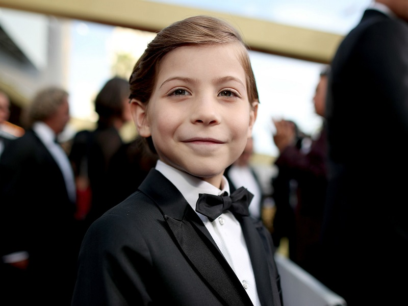 https: img-k.okeinfo.net content 2018 01 10 206 1843195 begini-transformasi-prosthetic-jacob-tremblay-di-film-wonder-Bc9edkqoLg.jpg
