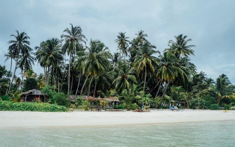 https: img-k.okeinfo.net content 2018 01 10 406 1842861 pesona-pulau-tailana-berbalut-kesederhanaan-dan-kesunyian-di-aceh-9IvqSXuzTx.jpg