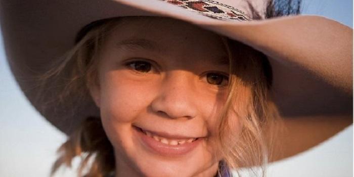 https: img-k.okeinfo.net content 2018 01 11 196 1843530 putrinya-bunuh-diri-orangtua-model-cilik-di-australia-minta-pem-bully-hadiri-pemakaman-q4Xvw4ScQM.jpg