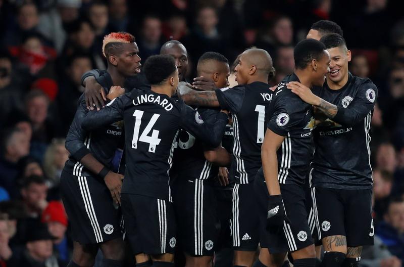https: img-k.okeinfo.net content 2018 01 11 261 1843649 khedira-tak-masukkan-nama-man-united-sebagai-kandidat-juara-liga-champions-mRDGiUabhA.jpg