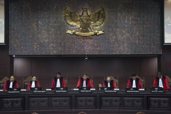 https: img-k.okeinfo.net content 2018 01 11 337 1843737 putusan-mk-terkait-uu-pemilu-tegaknya-keadilan-tak-rasional-hingga-beda-pendapat-hakim-0nMeB82xiP.jpg