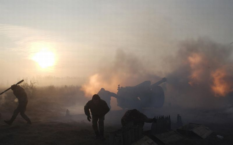 https: img-k.okeinfo.net content 2018 01 12 18 1844275 tiga-tentara-ukraina-tewas-dalam-bentrokan-dengan-kelompok-pro-rusia-reCBmSWzIW.jpg
