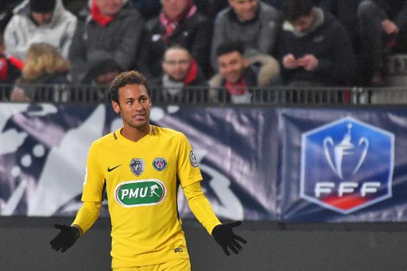 https: img-k.okeinfo.net content 2018 01 12 51 1844173 ronaldo-kepindahan-neymar-ke-psg-sebuah-kemunduran-xLjjBiWpyb.jpg