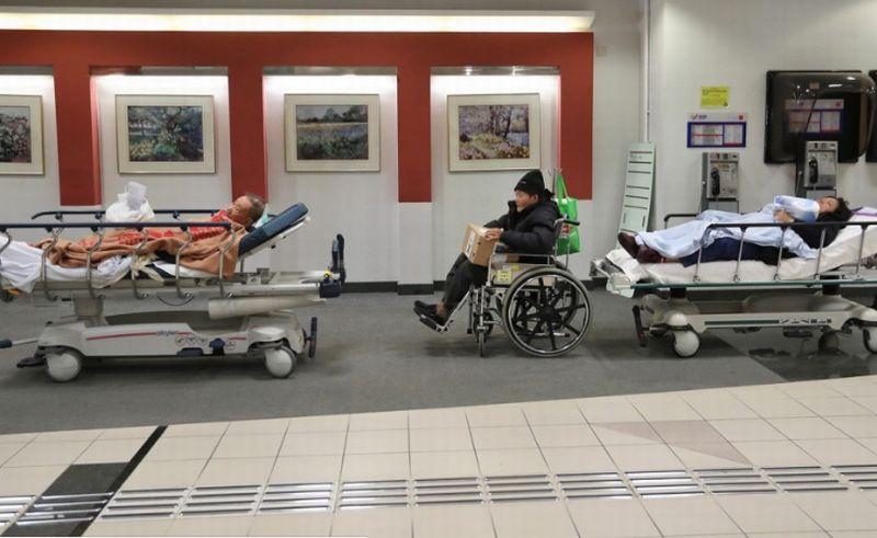 https: img-k.okeinfo.net content 2018 01 13 18 1844454 10-orang-tewas-dalam-kurun-waktu-9-hari-di-hongkong-akibat-flu-musim-dingin-IfGgWw3gip.jpg