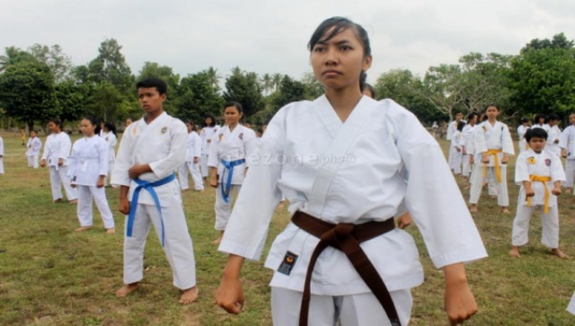 https: img-k.okeinfo.net content 2018 01 14 43 1844654 7-karateka-nasional-bakal-tampil-dalam-kejuaraan-di-prancis-nRJL5mJbNZ.jpg