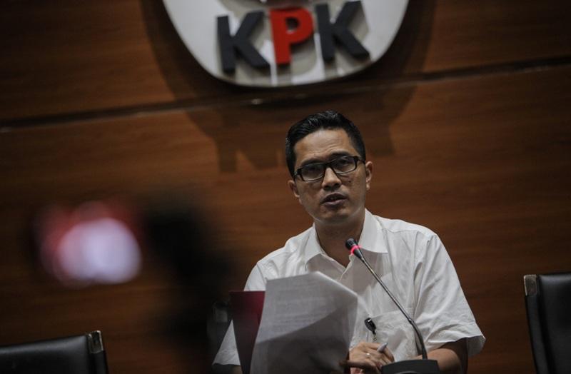 https: img-k.okeinfo.net content 2018 01 15 337 1845033 kasus-suap-garuda-indonesia-kpk-periksa-penyuap-emirsyah-satar-YZOPCWo7ss.jpg