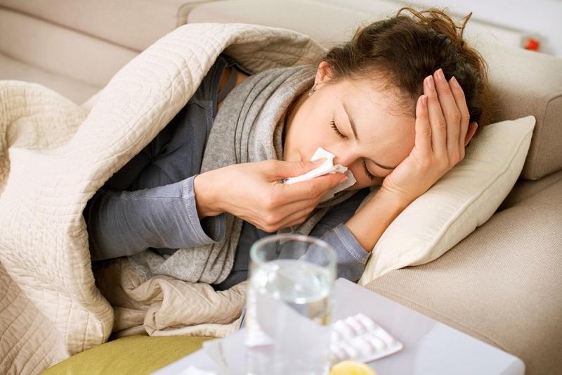 https: img-k.okeinfo.net content 2018 01 17 481 1846291 flu-saat-pms-cara-mengatasinya-beda-dari-flu-biasa-bvsE4XJrK5.jpg