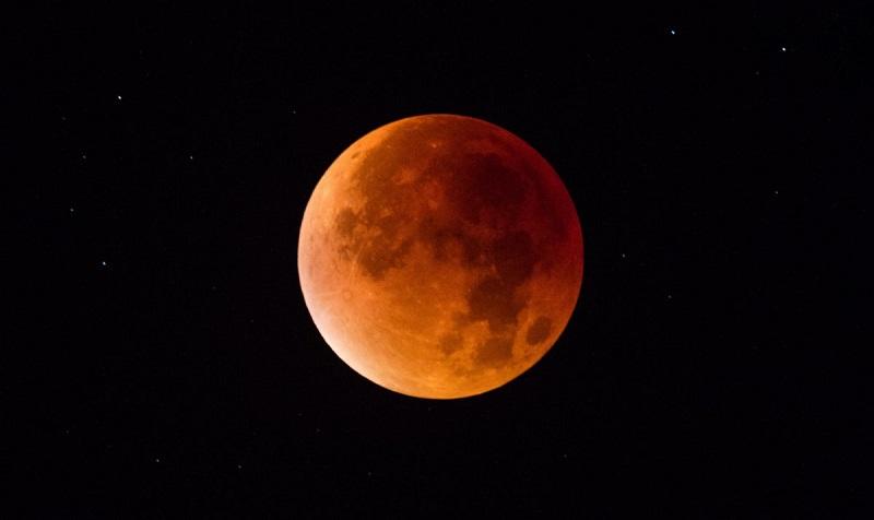 https: img-k.okeinfo.net content 2018 01 30 406 1852391 catat-ini-7-lokasi-untuk-saksikan-super-blue-blood-moon-gratis-di-jakarta-3fS7UvPau2.jpg