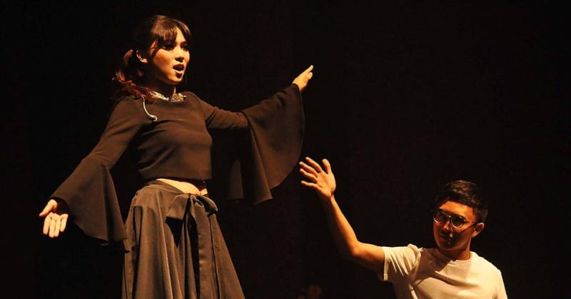 https: img-k.okeinfo.net content 2018 02 01 205 1852971 isyana-sarasvati-akui-avip-priatna-pengaruhi-karier-musiknya-LYcFSvYdMj.jpg