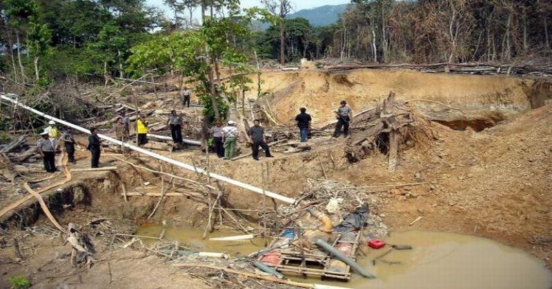 https: img-k.okeinfo.net content 2018 02 08 340 1856368 hancurkan-bongkahan-tanah-dua-pekerja-tambang-ilegal-tewas-tertimbun-aossNJn7VK.jpg