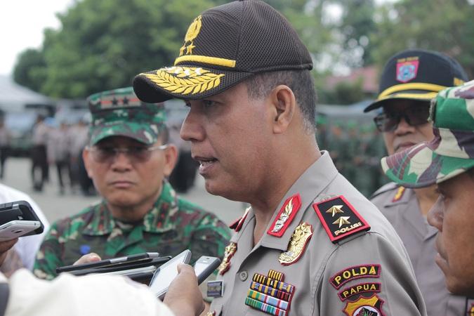 https: img-k.okeinfo.net content 2018 02 09 340 1857437 kapolda-papua-pasukan-pengamanan-pilkada-di-daerah-rawan-dibekali-peluru-tajam-31vGsLrSOK.JPG