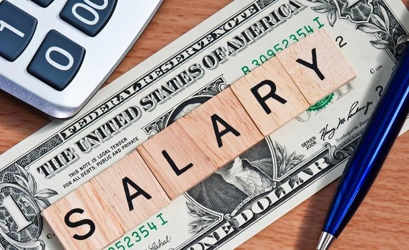 https: img-k.okeinfo.net content 2018 02 10 320 1857596 tips-atur-gaji-umr-per-minggu-agar-tidak-melarat-di-akhir-bulan-p41THJlIdv.jpg