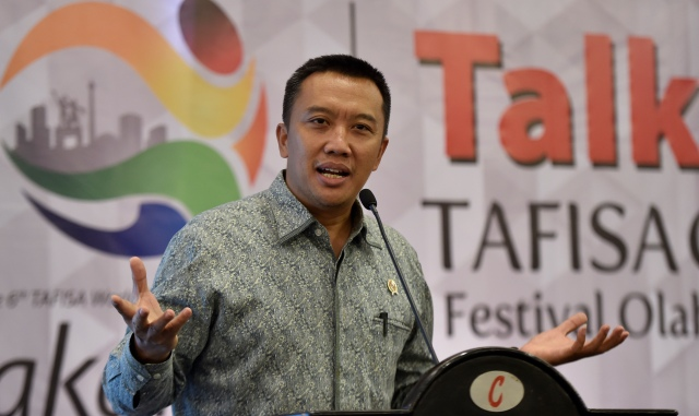 https: img-k.okeinfo.net content 2018 02 11 43 1857811 menpora-puji-pencapaian-atlet-indonesia-di-invitation-tournament-3tm7rqRhWk.jpg