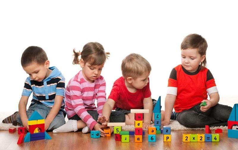 https: img-k.okeinfo.net content 2018 02 12 196 1858570 mainan-anak-makin-mahal-ini-trik-puaskan-si-kecil-bermain-tanpa-bikin-dompet-kering-TRQjSLtqgN.jpg