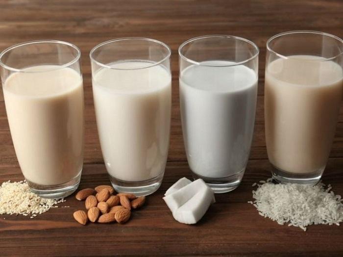 https: img-k.okeinfo.net content 2018 02 13 481 1858773 kandungan-nutrisi-susu-kedelai-yang-bisa-diandalkan-untuk-sarapan-Y59BCymX3f.jpg