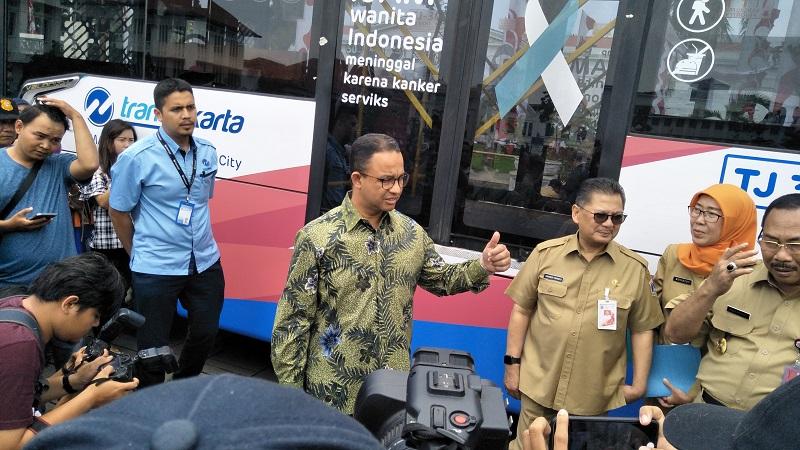 https: img-k.okeinfo.net content 2018 02 13 481 1858898 melalui-bus-transjakarta-dinkes-dki-jakarta-edukasi-pentingnya-deteksi-kanker-dini-EMipoMlzzT.jpg