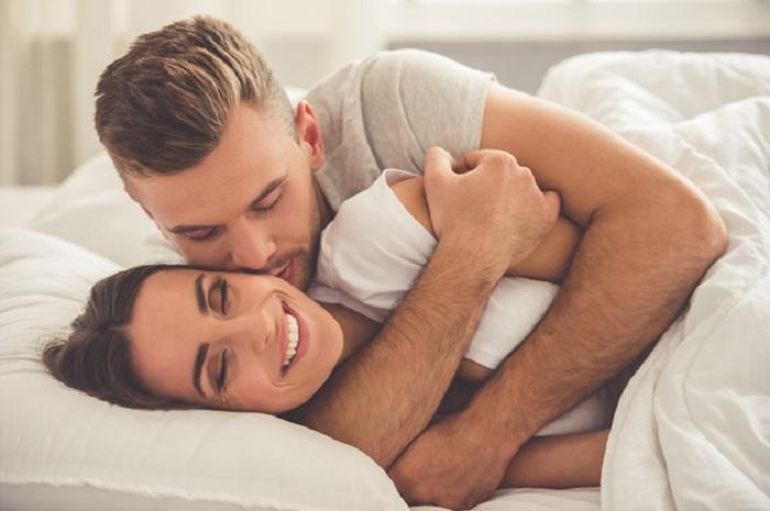 https: img-k.okeinfo.net content 2018 02 13 481 1859114 pasangan-dengan-kehidupan-seks-yang-bagus-lebih-mungkin-selingkuh-MikWM9jkt2.jpg