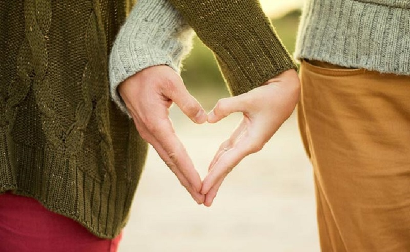 https: img-k.okeinfo.net content 2018 02 14 196 1859409 ungkapan-di-hari-valentine-seperti-ini-yang-bikin-pasangan-makin-baper-XaSTA53z9l.jpg