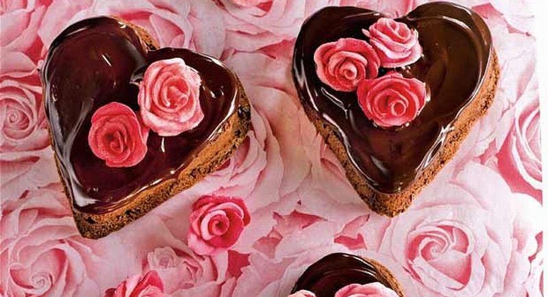 https: img-k.okeinfo.net content 2018 02 14 320 1859326 bisnis-cake-di-hari-valentine-bermodal-rp250-ribu-mahasiswi-ini-raup-untung-4hMJsEZtSw.jpg