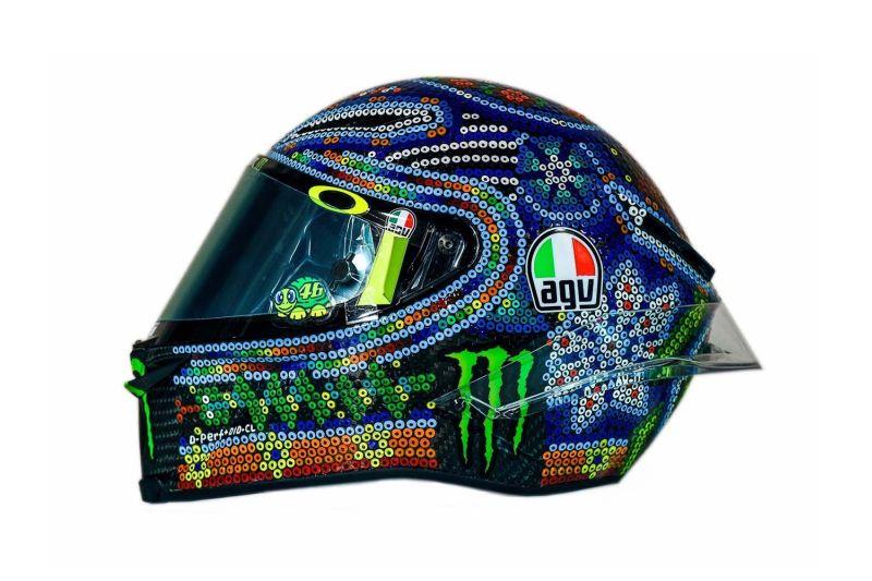 https: img-k.okeinfo.net content 2018 02 15 38 1859811 rossi-dapat-inspirasi-dari-kesenian-meksiko-untuk-desain-helm-barunya-Dg3BKzOXla.jpg