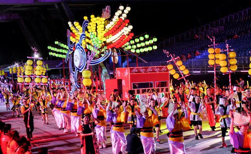 https: img-k.okeinfo.net content 2018 02 15 406 1860049 parade-chingay-perayaan-imlek-terbesar-di-singapura-xqNudtP8Yf.jpg