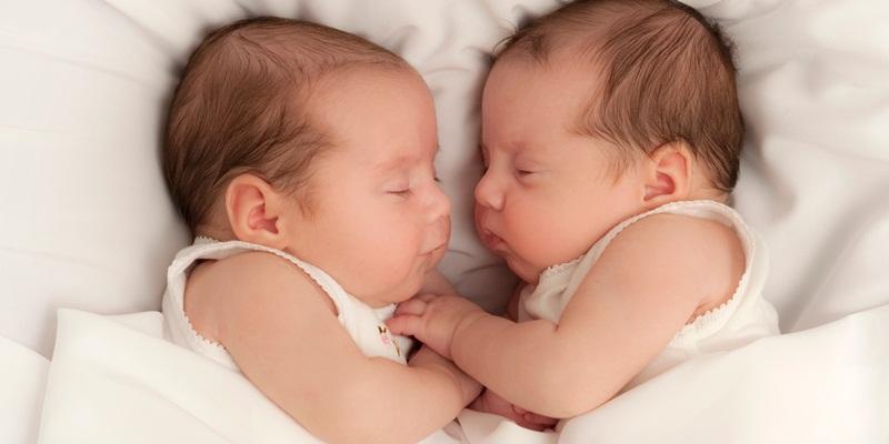 https: img-k.okeinfo.net content 2018 02 18 481 1861024 ternyata-program-bayi-tabung-tidak-selalu-menghasilkan-anak-kembar-iIRwdxht0I.jpg