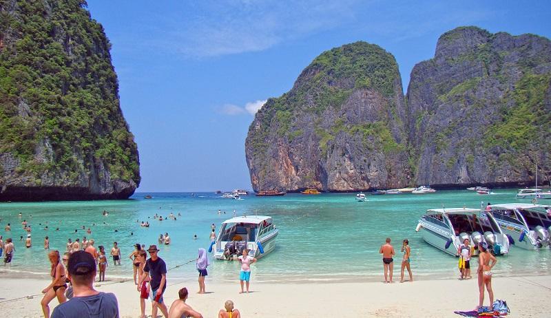 https: img-k.okeinfo.net content 2018 02 20 406 1862154 kebanyakan-turis-dan-berpotensi-merusak-karang-pantai-di-thailand-sengaja-ditutup-GqAYrw5PRE.jpg