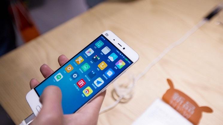 https: img-k.okeinfo.net content 2018 02 24 207 1864309 microsoft-gandeng-xiaomi-rakit-smartphone-hingga-speaker-pintar-XJLGrx0kKQ.jpg