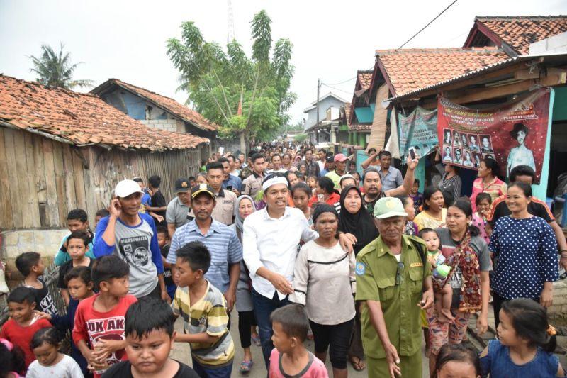 https: img-k.okeinfo.net content 2018 02 28 525 1866020 dedi-mulyadi-dicurhati-warga-bekasi-soal-banjir-tahunan-i8YC6D3Ngp.jpg