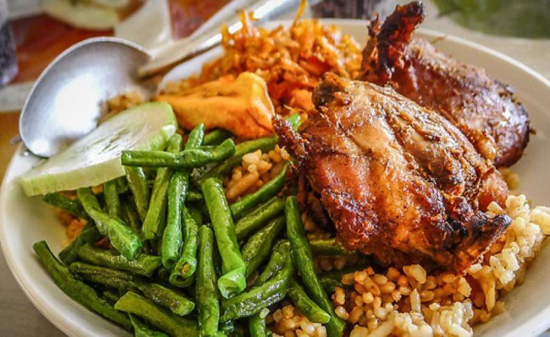 https: img-k.okeinfo.net content 2018 03 04 298 1867824 suriname-food-kuliner-amsterdam-bercita-rasa-indonesia-banget-7L4grDWupk.jpg