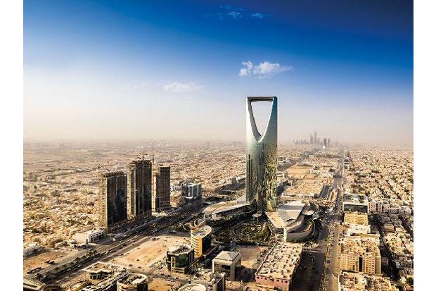 https: img-k.okeinfo.net content 2018 03 09 406 1870174 bulan-depan-arab-saudi-mulai-terima-turis-setelah-8-tahun-dilarang-f3ssGZ1vqj.jpg