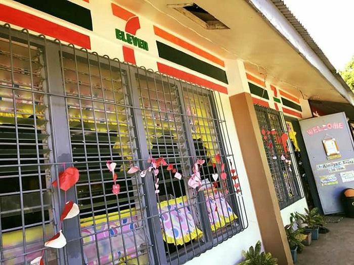 https: img-k.okeinfo.net content 2018 03 13 298 1871882 sekolah-dasar-di-filipina-dicat-mirip-restoran-cepat-saji-jadi-viral-seperti-apa-0ZSoBIPhFA.jpg