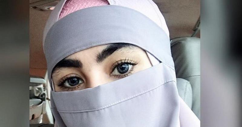 https: img-k.okeinfo.net content 2018 03 13 33 1871961 gunakan-niqab-kartika-putri-merasa-diintimidasi-pihak-bandara-gM5RIiG2LT.jpg