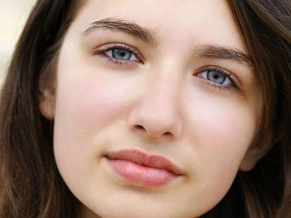 https: img-k.okeinfo.net content 2018 03 14 194 1872652 6-tips-tampil-menawan-meski-tanpa-make-up-5h4RkYlDPs.jpg